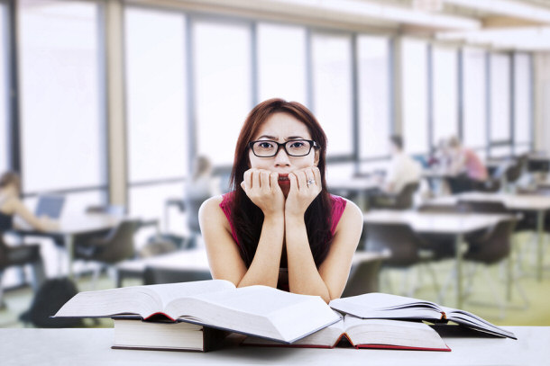 an examination of the stress in college students A guide to help college students navigate the stress of being away from home and school workload.