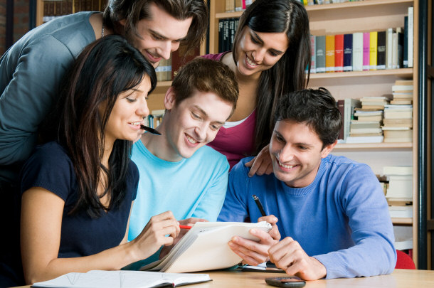 essay tutoring peers Peer-to-peer education was adopted in many countries around the world precisely, if we pay our attention to look around in the school campuses.