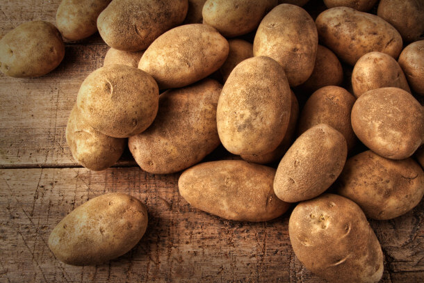 Top 15 organic produce that 39 s better than conventional for Different ways to cook russet potatoes