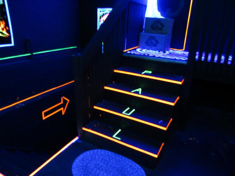 Blacklight Garage Steps In Mancave