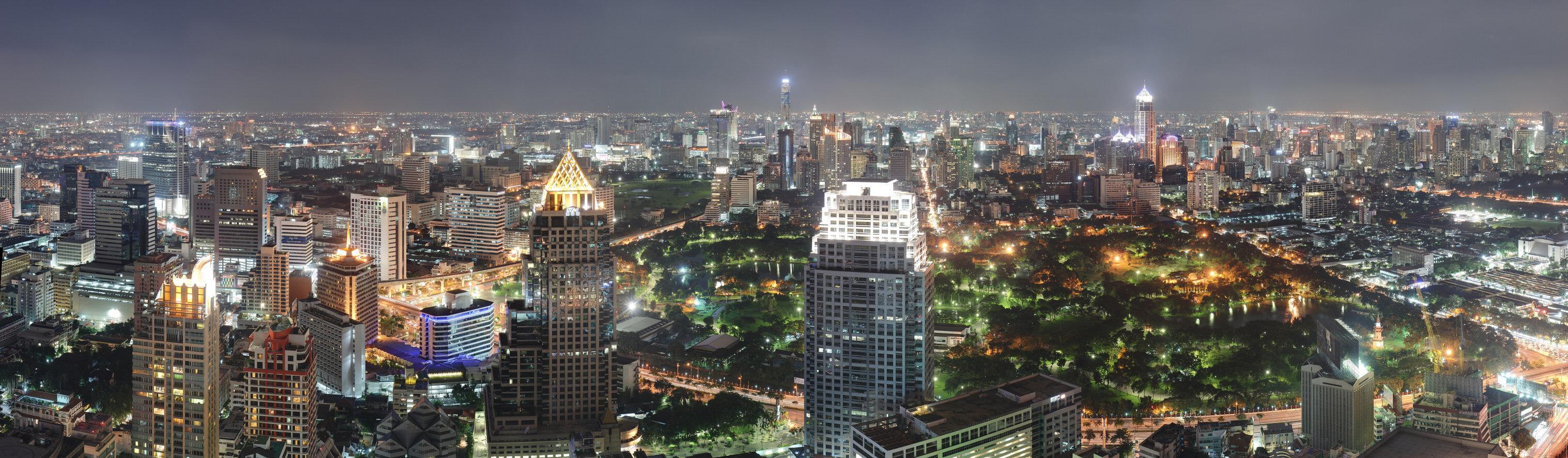 show topic traveling bangkok alone