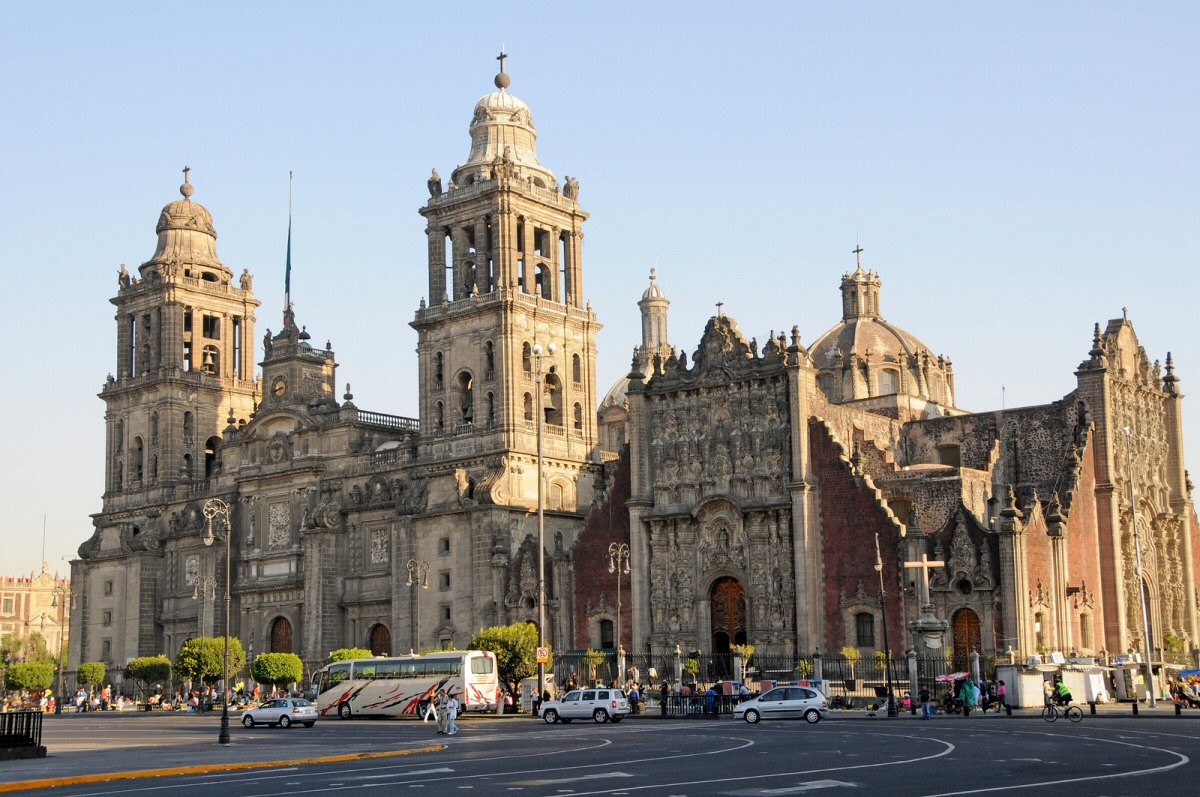 top 10 largest cathedrals in the world